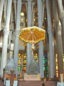 Interior and cross, Sagrada Familia